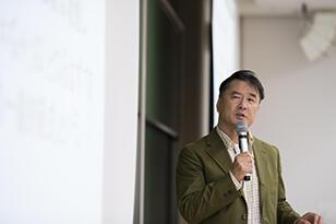 経済学史/安川隆司教授の授業の様子