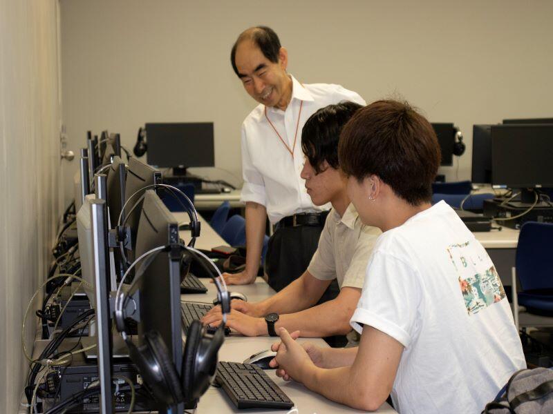 情報システムによる高度情報化の影響の研究