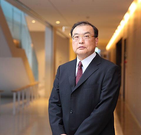 経済学部長井上裕行教授